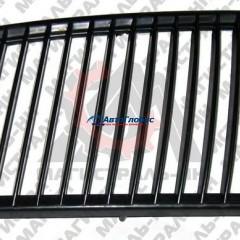 Вставка в решетку радиатора ГАЗ-3110 левая пластмассовая