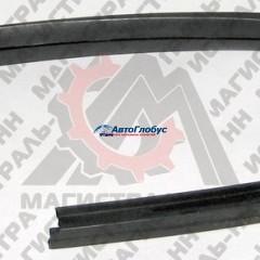 Уплотнитель неподвижного стекла левый  ГАЗ-3110 ЯР