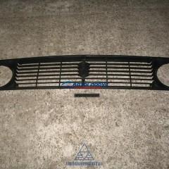Решетка радиатора ВАЗ-2121